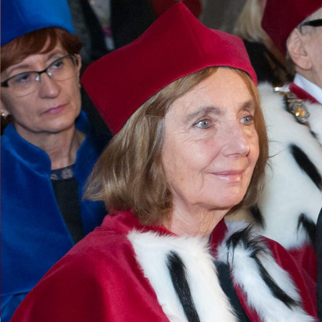 prof. dr hab.  Maria Iwona Kątnik-Prastowska